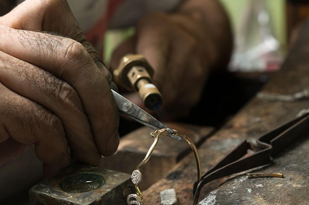 珠宝首饰厂是如何加工首饰的?